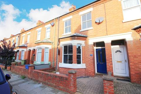 3 bedroom terraced house to rent - WOLVERTON - Three bedroom Terrace House - Large property with upstairs bathroom and garage