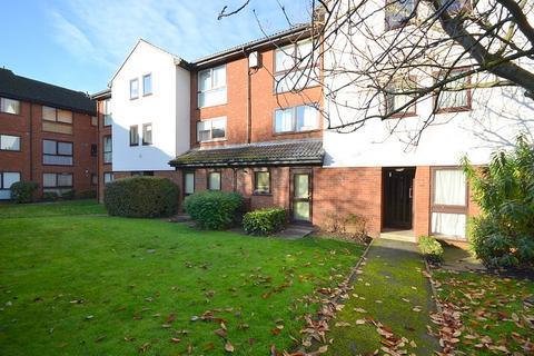 1 bedroom flat for sale - Claremont, Laleham Road, Shepperton, TW17