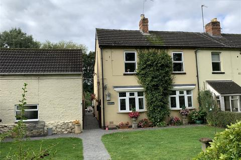 3 bedroom semi-detached house for sale - Larkhay Road, Hucclecote, Gloucester, GL3