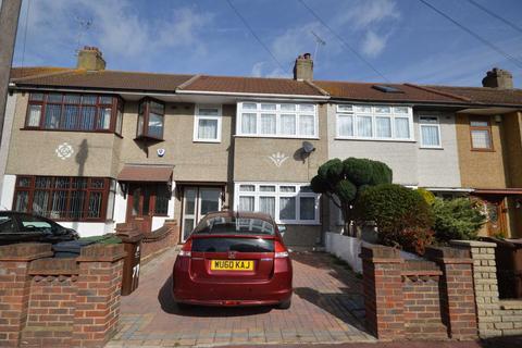 3 bedroom semi-detached house to rent - Auriel Avenue, Dagenham