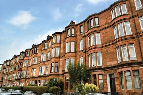 3 bedroom flat for sale - Thornwood Terrace, Flat 1/2, Thornwood, Glasgow, G11 7QZ