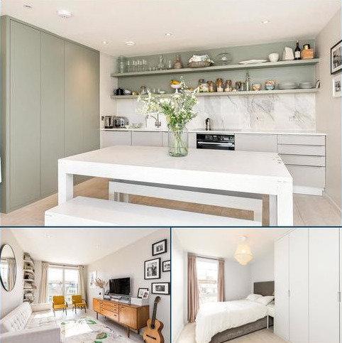 2 bedroom flat for sale - Wingate Square, Clapham, London, SW4