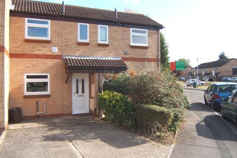 2 bedroom terraced house to rent - Water Meadow, Quedgeley, Gloucester, GL2