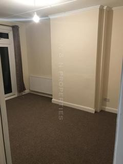 Studio to rent - Guild Road, Erith, DA8
