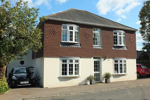 3 bedroom house for sale - South Road, Wivelsfield Green, RH17