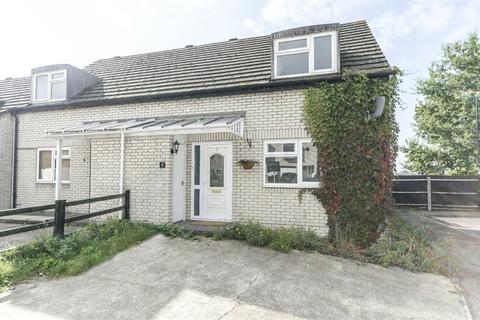 3 bedroom semi-detached house to rent - Laurel Close, Woolston, SOUTHAMPTON, Hampshire