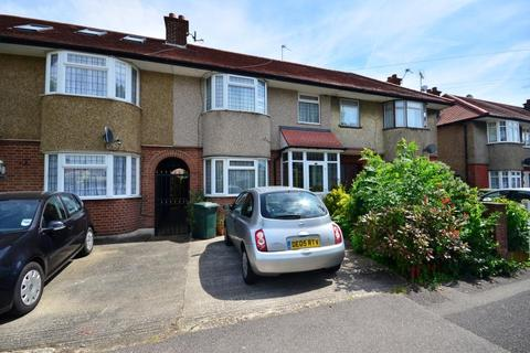 3 bedroom terraced house to rent - Field End Road, Eastcote, Middlesex, HA4 0RG