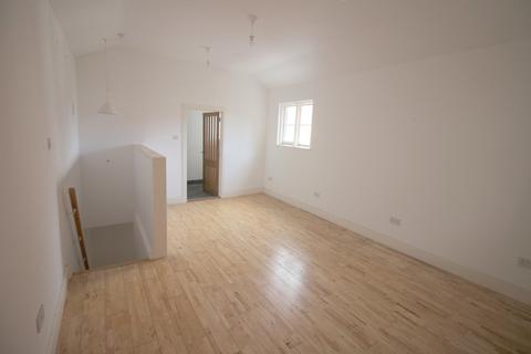 2 bedroom barn for sale - Albert Road, Southsea