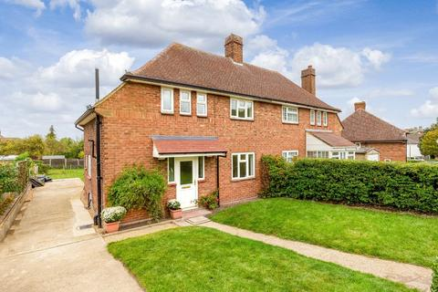 3 bedroom semi-detached house for sale - Coronation Avenue, Royston