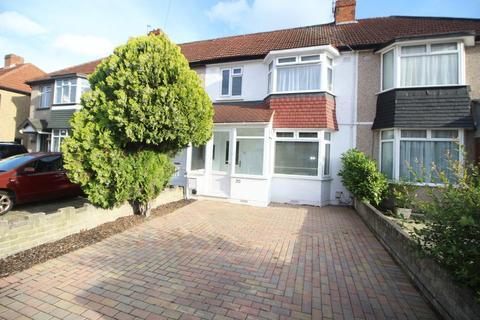 3 bedroom terraced house to rent - Berkeley Road, Uxbridge, UB10