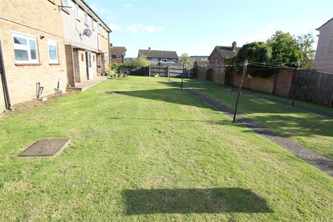 1 bedroom flat for sale - Aspley Close, Luton
