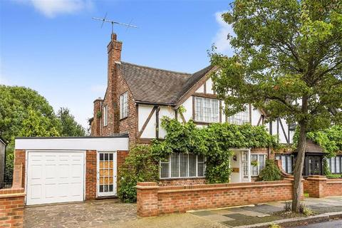 3 bedroom semi-detached house for sale - Alexandra Crescent, Bromley, Kent