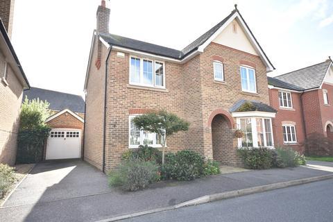 4 bedroom detached house for sale - Abbotsmead, Heybridge, Maldon, CM9