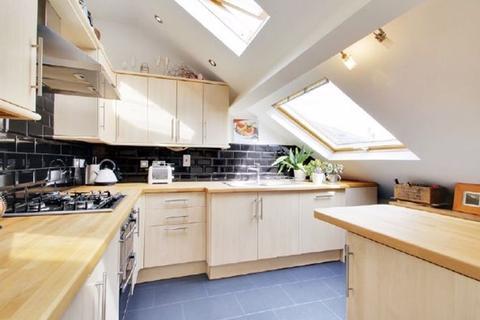 2 bedroom apartment to rent - Sevenoaks