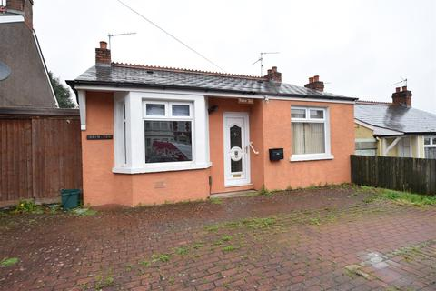 2 bedroom bungalow for sale - Barry Road, Barry
