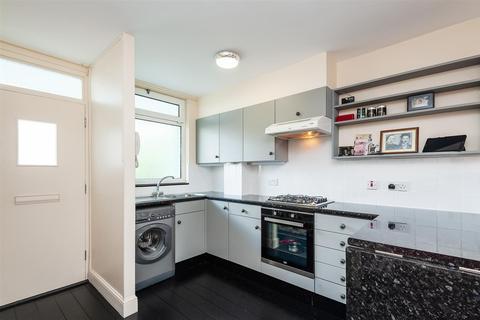 1 bedroom maisonette for sale - St. Jude's Road, London