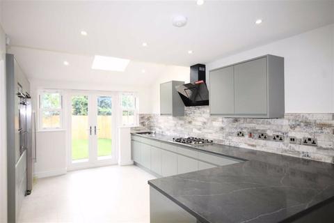 5 bedroom detached house for sale - Mansion Gate Drive, Chapel Allerton, LS7