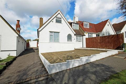 3 bedroom semi-detached house for sale - Braeside Avenue, Patcham, Brighton
