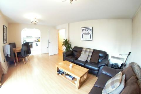 2 bedroom apartment to rent - Kings Oak Court, Maidenhead