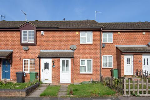 3 bedroom terraced house for sale - Lowry Drive, Houghton Regis, Bedfordshire