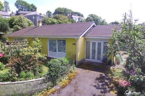 3 bedroom detached bungalow for sale - Llanon