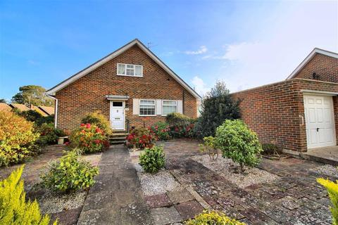 2 bedroom chalet for sale - Blue Haze Avenue, Seaford, East Sussex