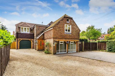 4 bedroom detached house for sale - London Road, Liphook