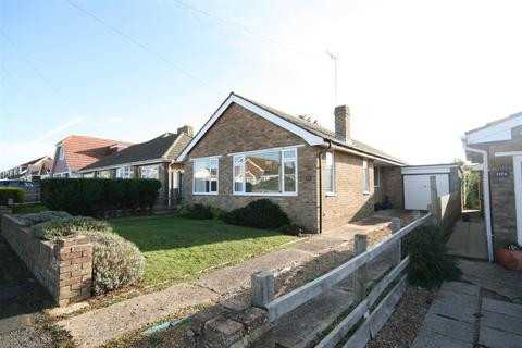 3 bedroom detached bungalow for sale - Cavell Avenue North, Peacehaven