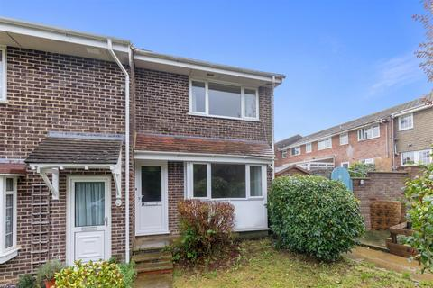 3 bedroom end of terrace house for sale - Monks Way, Lewes