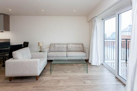 2 bedroom apartment to rent - Beaufort Square, Colindale, NW9