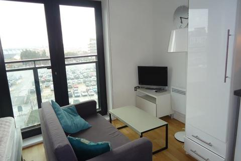 Studio to rent - ONE BREWERY WHARF, LS10 1GY
