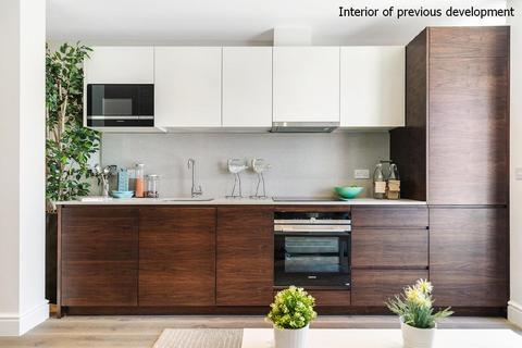 2 bedroom flat for sale - Eltham Place, Berwick Close, Uxbridge Road, Ealing