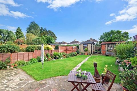 4 bedroom semi-detached house for sale - Farnham Road, Welling, Kent