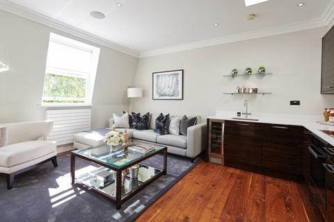 2 bedroom flat to rent - Kensington Gardens Square, London. W2