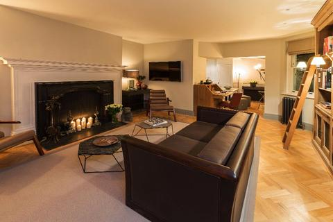 1 bedroom apartment to rent - North Audley Street, Mayfair, London