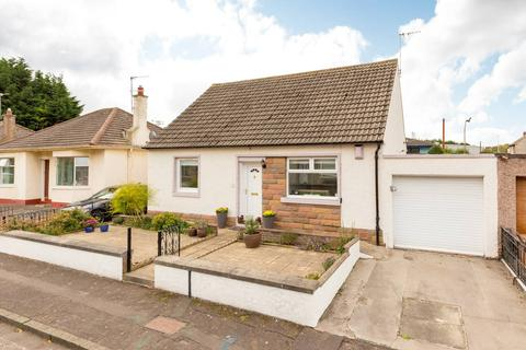 2 bedroom detached bungalow for sale - 38 Farrer Terrace, Craigentinny, EH7 6SG