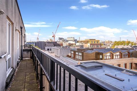 2 bedroom penthouse for sale - Bartholomew Close, EC1A