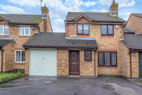 3 bedroom link detached house to rent - Ravencroft,  Bicester,  OX26