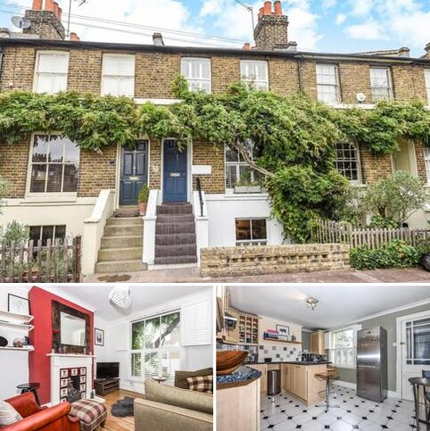 2 bedroom terraced house for sale - Lizban Street, Blackheath