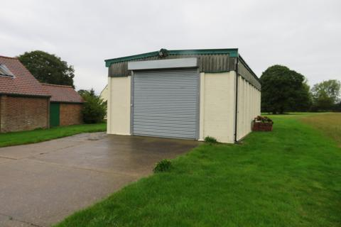 Storage to rent - East Hanningfield
