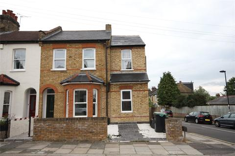 3 bedroom end of terrace house to rent - Woodlands Road, Enfield, Middlesex, EN2