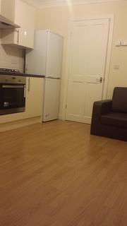 1 bedroom flat to rent - Hoe Street, Walthamstow, London E17