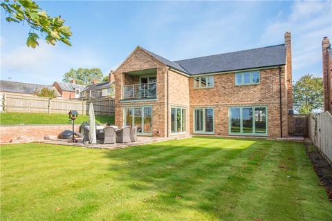 5 bedroom detached house for sale - Bishopstone Road, Stone, Aylesbury, Buckinghamshire