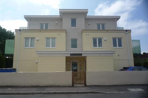 2 bedroom apartment to rent - Madison Court