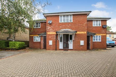 1 bedroom ground floor flat for sale - Wing Road, Leighton Buzzard