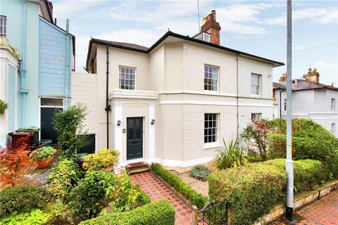4 bedroom semi-detached house for sale - Grove Hill Road, Tunbridge Wells, Kent, TN1