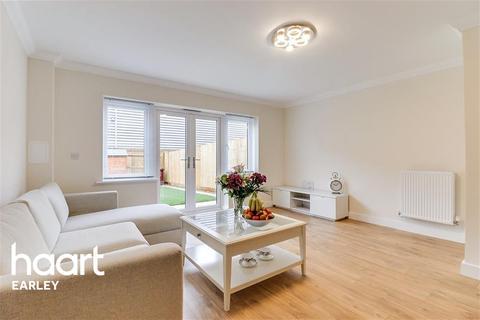 3 bedroom terraced house to rent - Tidman Road, Reading, RG2 0DE