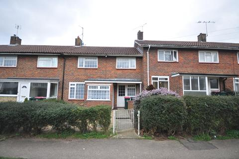 3 bedroom terraced house to rent - Langley Drive Crawley RH11