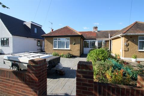 2 bedroom semi-detached bungalow for sale - Avondale Avenue, STAINES-UPON-THAMES, Surrey
