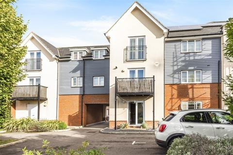 1 bedroom flat for sale - Haweswater Place, Castlerigg Way, Maidenbower, Crawley, West Sussex